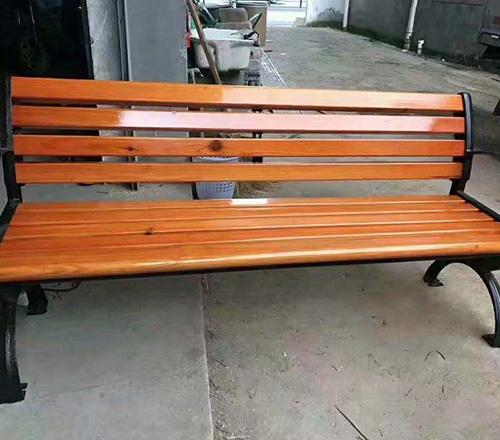钢木条形座椅